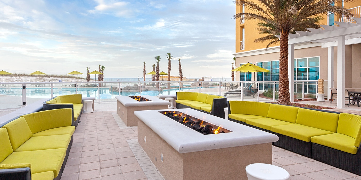 Hilton Garden Inn Fort Walton Beach FL Courtyard