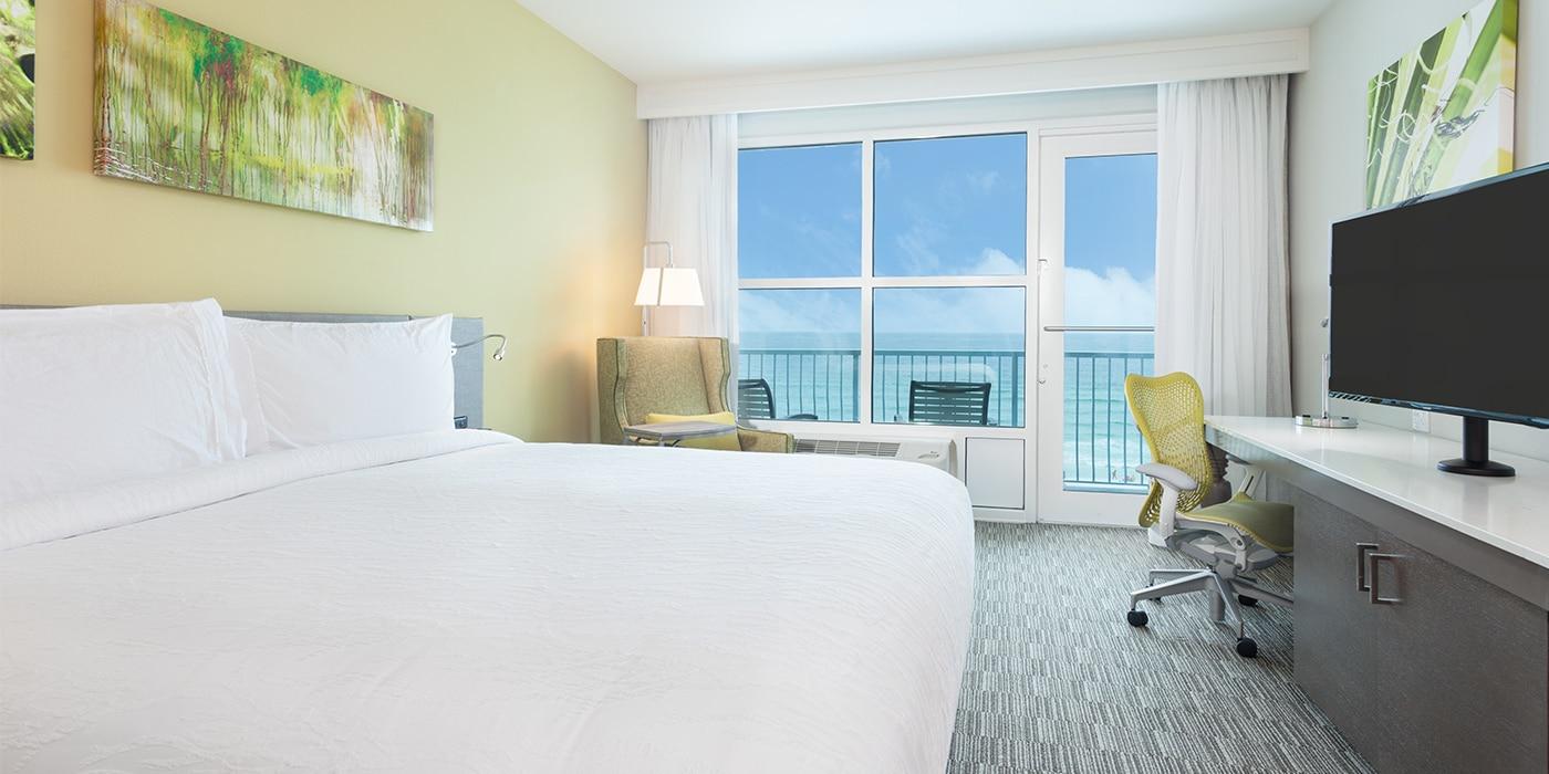 Fort Walton Beach Fl Hilton Garden Inn King Gulf Front View Room